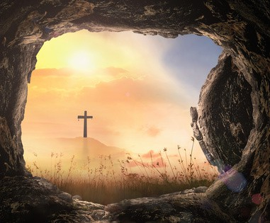 Der Weg hinter dem Kreuz