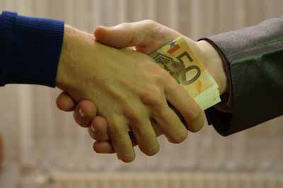 Korruption, eines der besten Mittel,  ein Volk in den Ruin zu treiben