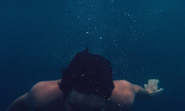 Werft mich ins Meer!