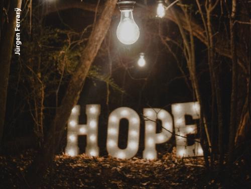 Liebe hofft