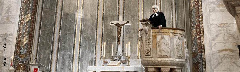 Alexander Garth predigt in der Christuskirche Rom