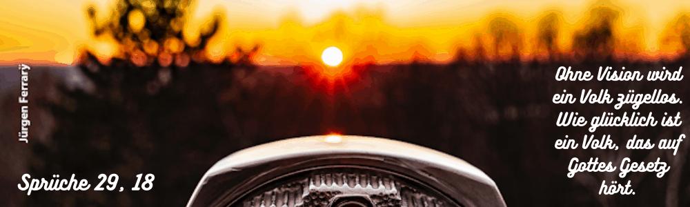 Sonnenuntergang durchs Fernglas sehen