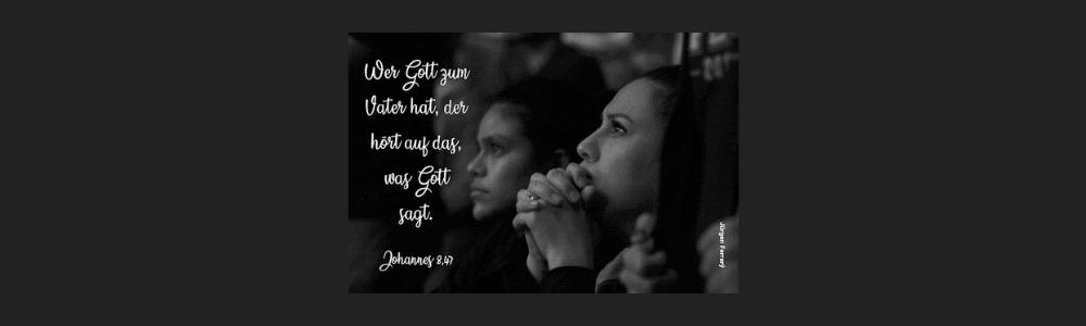 Frau und Mann beten