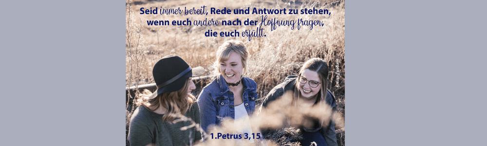 3 lachende Mädchen